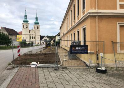 Schwarzau Kirchenplatz